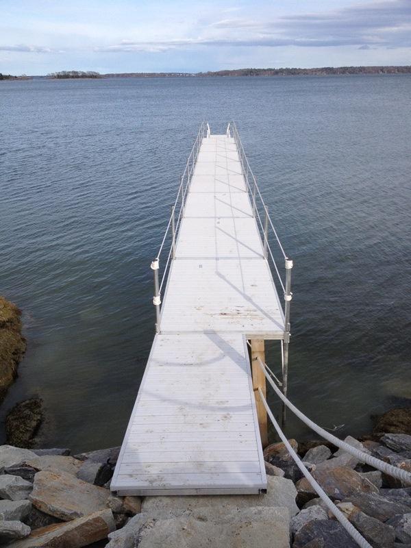 Dock Accessories & Hardware - Sebago Dock & Lift